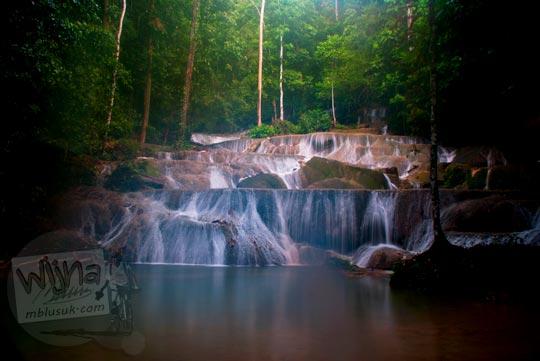 Pemandangan indah Air Terjun Moramo, Konawe Selatan, Sulawesi Tenggara di tahun 2009