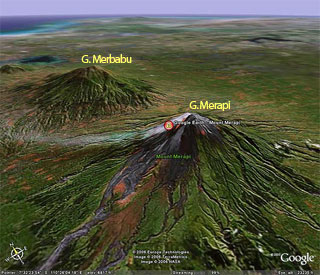 infografis letak dan posisi gunung Merapi dan gunung Merbabu