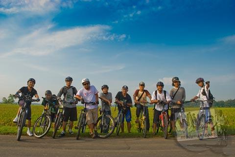 Bersepeda ke Pantai Cemplon, Moyudan, Sleman, Yogyakarta