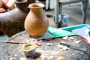 Geliat Kerajinan Keramik Klampok dari Banjarnegara