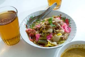 Thumbnail untuk artikel blog berjudul  Main Mata di Soto Ayam Pak Loso