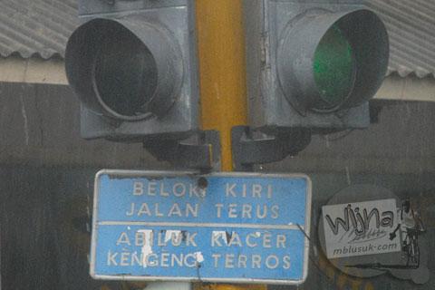 Tulisan lucu berbahasa madura