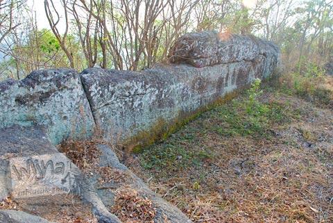 Foto Tembok Keraton Ratu Boko, Prambanan pada Oktober 2008