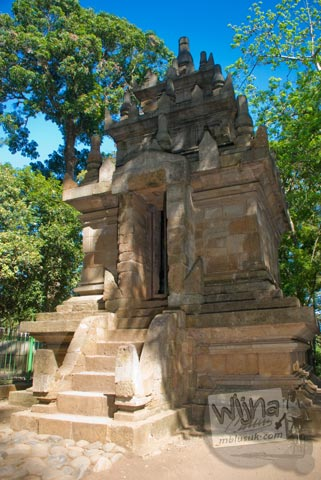 Foto Candi Cangkuang di Garut, Jawa Barat tahun 2009