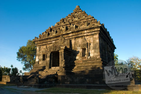 Foto bangunan candi induk di Candi Ijo, Prambanan, Yogyakarta zaman dulu pada tahun 2008