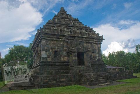 Foto langit mendung di Candi Ijo, Prambanan, Yogyakarta jaman dulu di tahun 2009