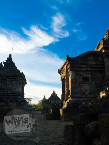 Foto bangunan vihara di Candi Plaosan Kidul, Klaten, Jawa Tengah pada tahun 2008