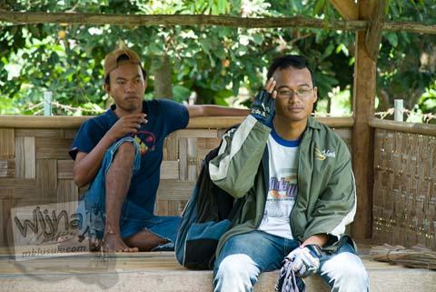 Foto Juru Pelihara Situs Payak, Srimulyo, Piyungan, Bantul pada Februari 2009