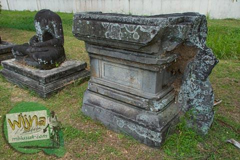 Foto Koleksi di Museum Arkeologi di kawasan Candi Prambanan pada 2009