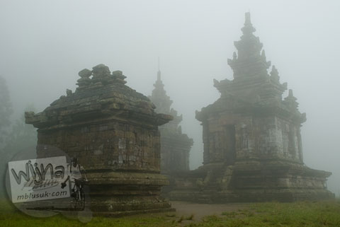 Foto muka Candi Gedong 3 di Candi Gedong Songo, Ambarawa Semarang, Jawa Tengah di tahun 2009
