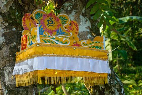 Foto altar sesaji di dekat Candi Gembirowati, Purwosari, Gunungkidul tahun 2009