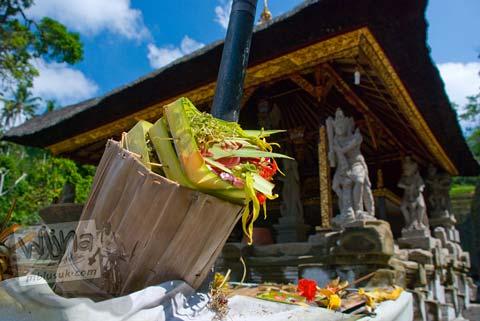 Foto sesaji di Candi Gunung Kawi, Gianyar, Bali tahun 2009