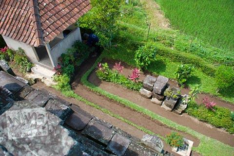Kompleks Candi Asu Sengi yang asri di kecamatan Dukun, Magelang, Jawa Tengah pada April 2009