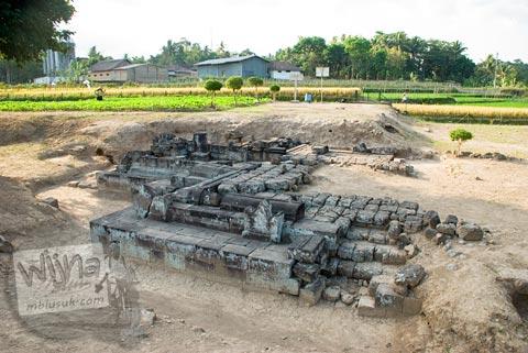 Foto wujud reruntuhan Candi Karangnongko, Karangnongko, Klaten, Jawa Tengah jaman dulu di tahun 2008