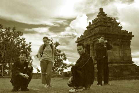 Foto Mbak Vinna, Andreas dan Mas Aan