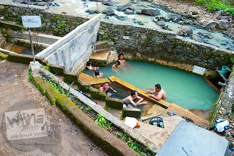 Lokasi pemandian air panas khusus pria di Ungaran, Jawa Tengah pada tahun 2010