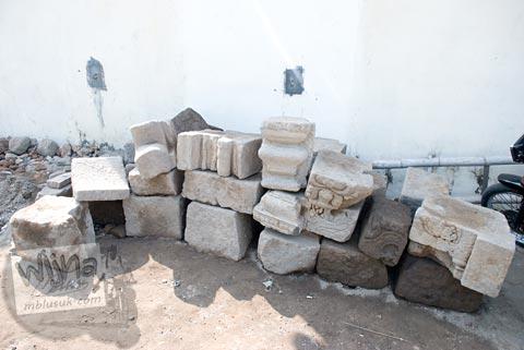 temuan batu candi kantor kecamatan Prambanan, Jawa Tengah di tahun 2009