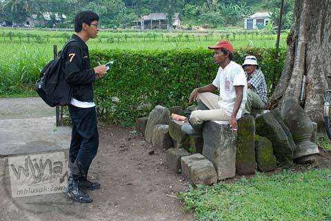 Foto juru kunci di Situs Watugudig, Prambanan tahun 2009