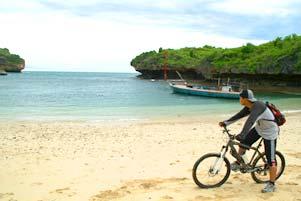 Thumbnail artikel blog berjudul PEKOK ke Pantai Gesing