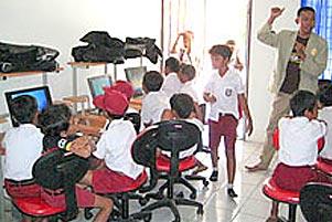 Thumbnail untuk artikel blog berjudul  Cerita KKN: Berbakti di Sekolah Dasar