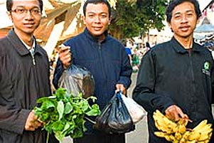 Thumbnail untuk artikel blog berjudul  Cerita KKN: Belanja, Masak, Makan