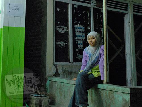 profil mbak lina cantik karyawan gerai laundry zone di desa tlogo jalan manisrenggo klaten jawa tengah