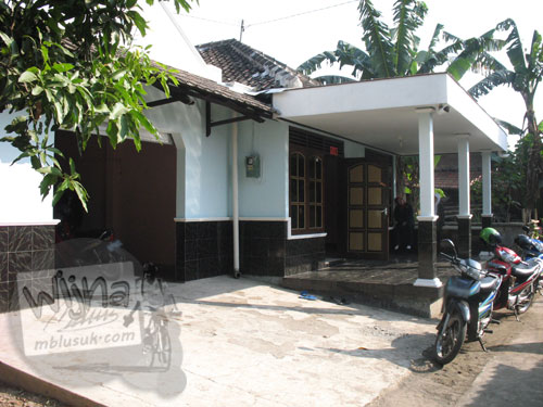 Pondokan Mahasiswa KKN UGM Kebondalem Kidul, Prambanan di rumah Banjarsari