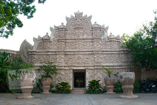 foto gedhong gapura hageng situs taman sari pada zaman dulu tahun 2008