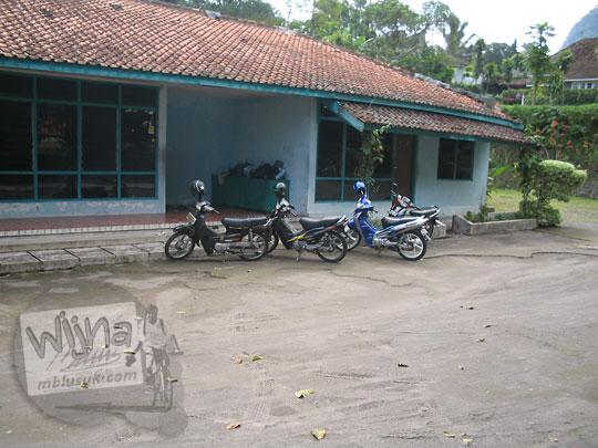 foto tampak luar bangunan wisma hastorenggo II kaliurang yogyakarta zaman dulu pada september 2005