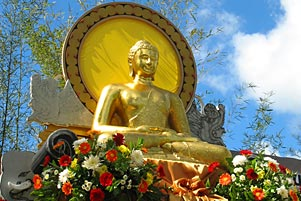 Ikut Pakdhe Prap Motret Waisak di Candi Borobudur
