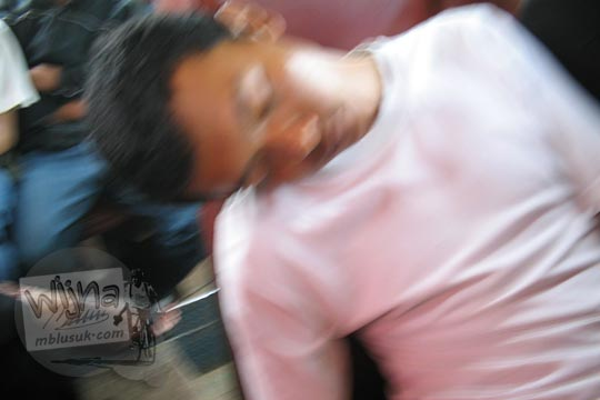 gunawan saputra usman sedang tidur saat masih mahasiswa
