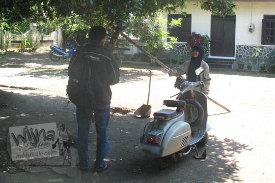 dialog mahasiswa dengan salah satu korban gempa jogja 2006 di kalasan
