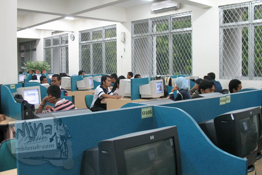 warung internet mahasiswa