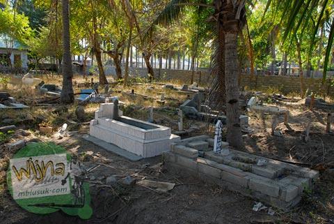 Cerita pemakaman di Gili Trawangan, Nusa Tenggara Barat pada Agustus 2009