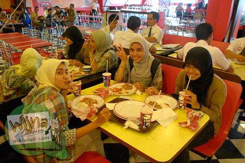 fastfood di Mataram, nusa tenggara barat