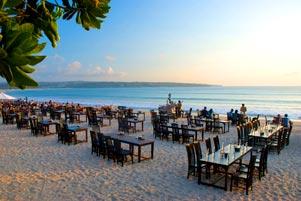Romantisme ala Pantai Jimbaran