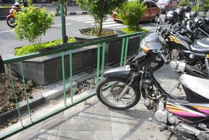 parkir sepeda disalahgunakan