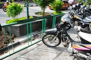 Parkir Sepeda Nyaman di Mana?