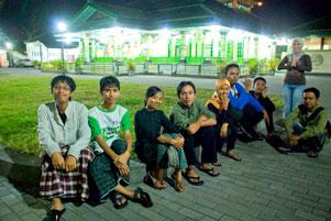 Thumbnail untuk artikel blog berjudul Tarawih Keliling ke Masjid Pathok Negoro