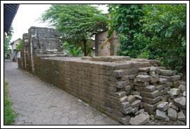 Foto Sisa Tembok Keraton Kotagede tahun 2009