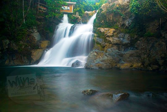Air Terjun Suhom (Seuhom) di Krueng Kala, Aceh Besar dipotret secara slow speed