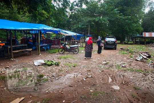 Lokasi parkir Air Terjun Suhom (Seuhom) di Krueng Kala, Lhoong, Aceh Besar