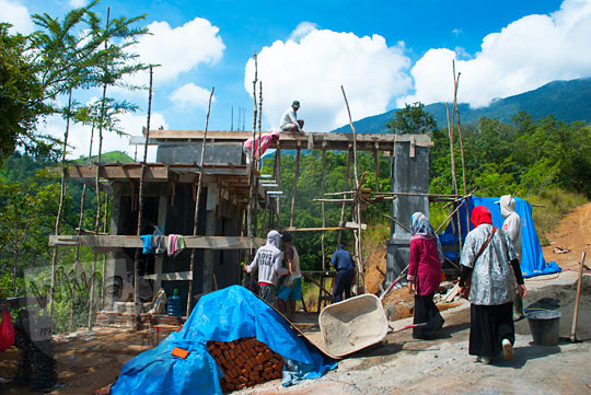 foto pembangunan objek wisata air terjun Kuta Malaka, Aceh Besar pada zaman dulu september 2014