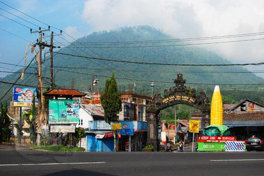 patung jagung besar di kota bedugul bali pada zaman dulu tahun 2013