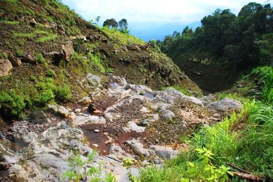 foto kering air terjun sekumpul buleleng zaman dulu pada april 2013