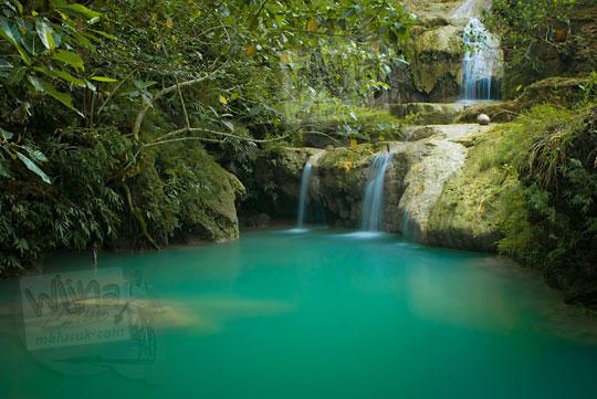 kolam di kawasan air terjun ledok pokoh, dlingo tempat pengunjung berenang telanjang