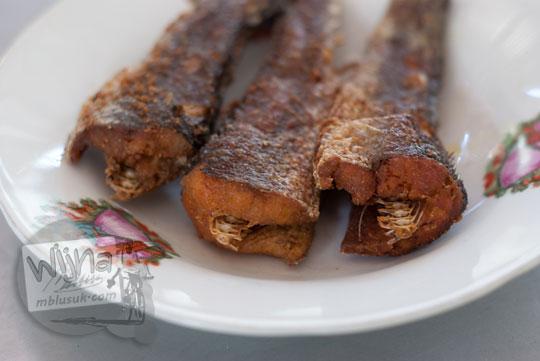 Ikan gabus goreng enak dan murah di rumah makan Legokan Ngancar, Pajangan, Bantul