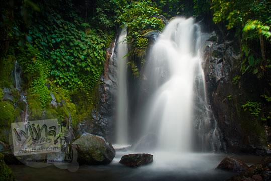 Keindahan Air Terjun Dua Cabang di dalam kawasan objek wisata Suban Air Panas di kota Curup kabupaten Rejang Lebong, Bengkulu