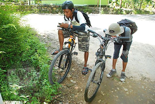 Cerita bersepeda pagi ke Curug Indah Gedangsari, Gunungkidul, Yogyakarta pada Januari 2012