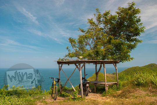 lokasi dan kapasitas parkir pantai ngunggah gunungkidul pada zaman dulu Juni 2014